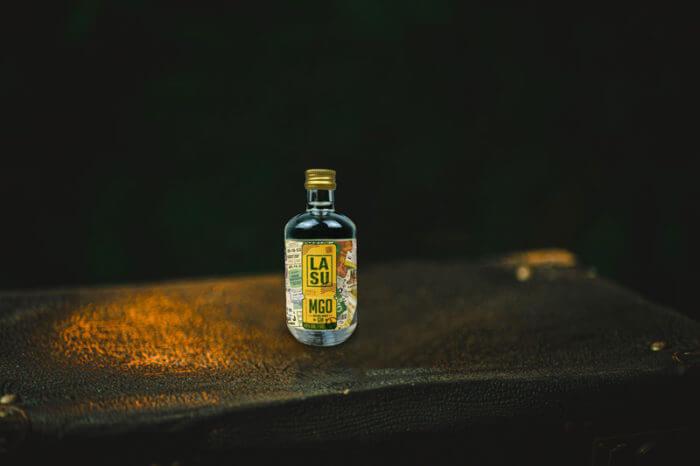 LA SU 5cl Flasche